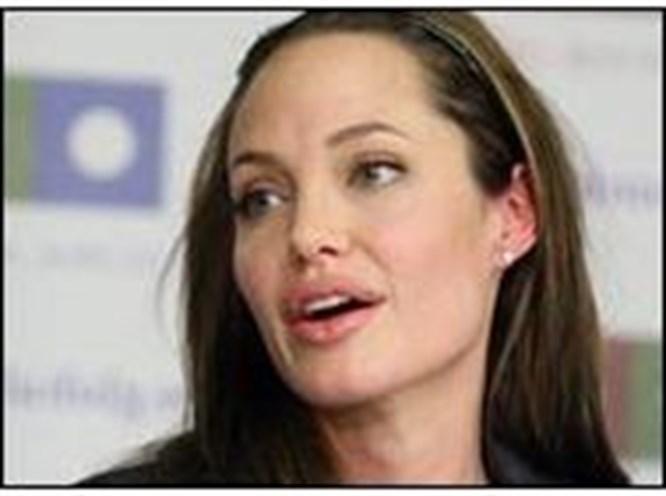 Angelina ABD Başkanı gibi